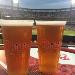 Go Phillies! (photo by Lee Porter)