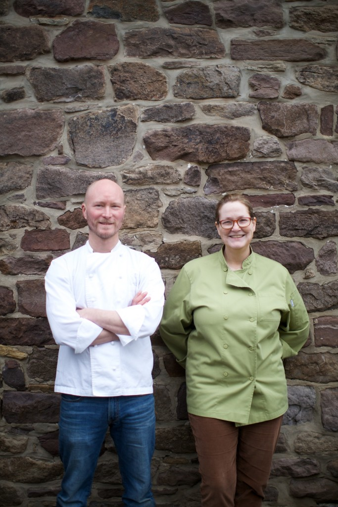 The Farm Cooking School's Chef Ian Knauer & Shelley Wiseman (photo by Guy Ambrosino, courtesy of The Farm Cooking School)