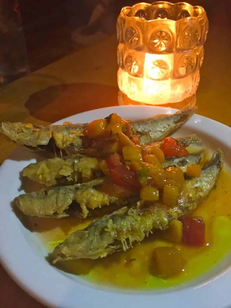 fried sardines at American Sardine Bar (photo by Lee Porter)